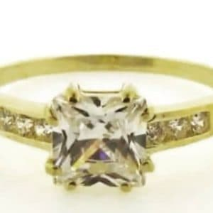 9ct 375 Yellow Gold LadiesCubic Zirconia Ring with Big Square Center Stone