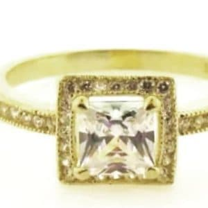 9ct 375 Yellow Gold Ladies Ring with Square Cubic Center Stone
